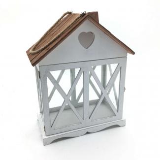 Lanterna a forma di casetta con cuore e tetto in corteccia bianco naturale cm 34 x 19 h 43