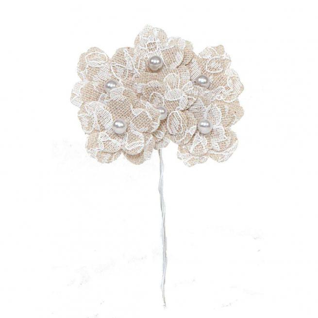 Fiore in tessuto ècru con pizzo e perla, diametro mm 30,